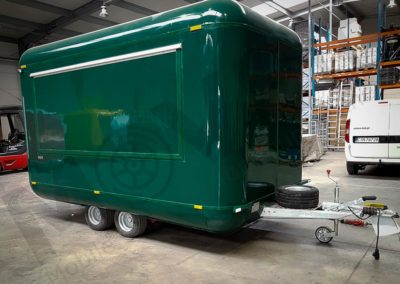 food-trailer-green-moveit-tech-1
