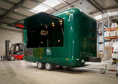 food-trailer-green-moveit-tech-2