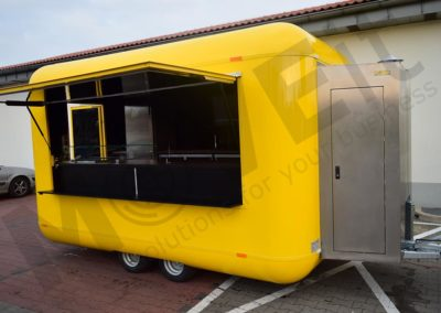 food-trailer-yellow-moveit-tech-2